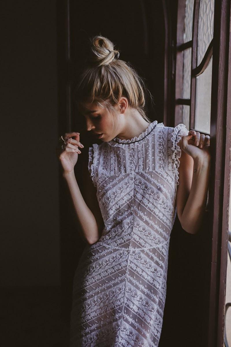 vestido de novia vintage con escote caja
