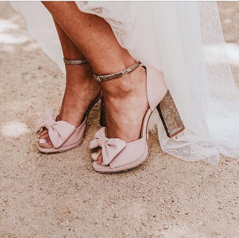 Zapatos para novia románticos