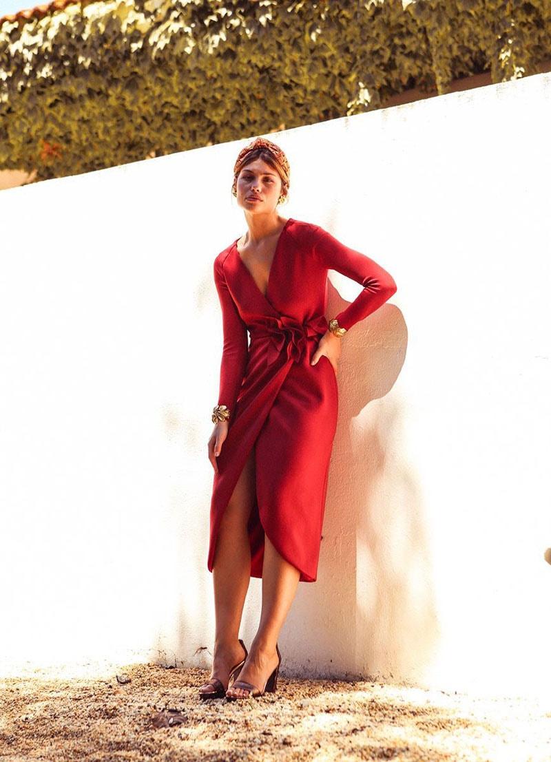 La invitada ideal, vestido cruzado