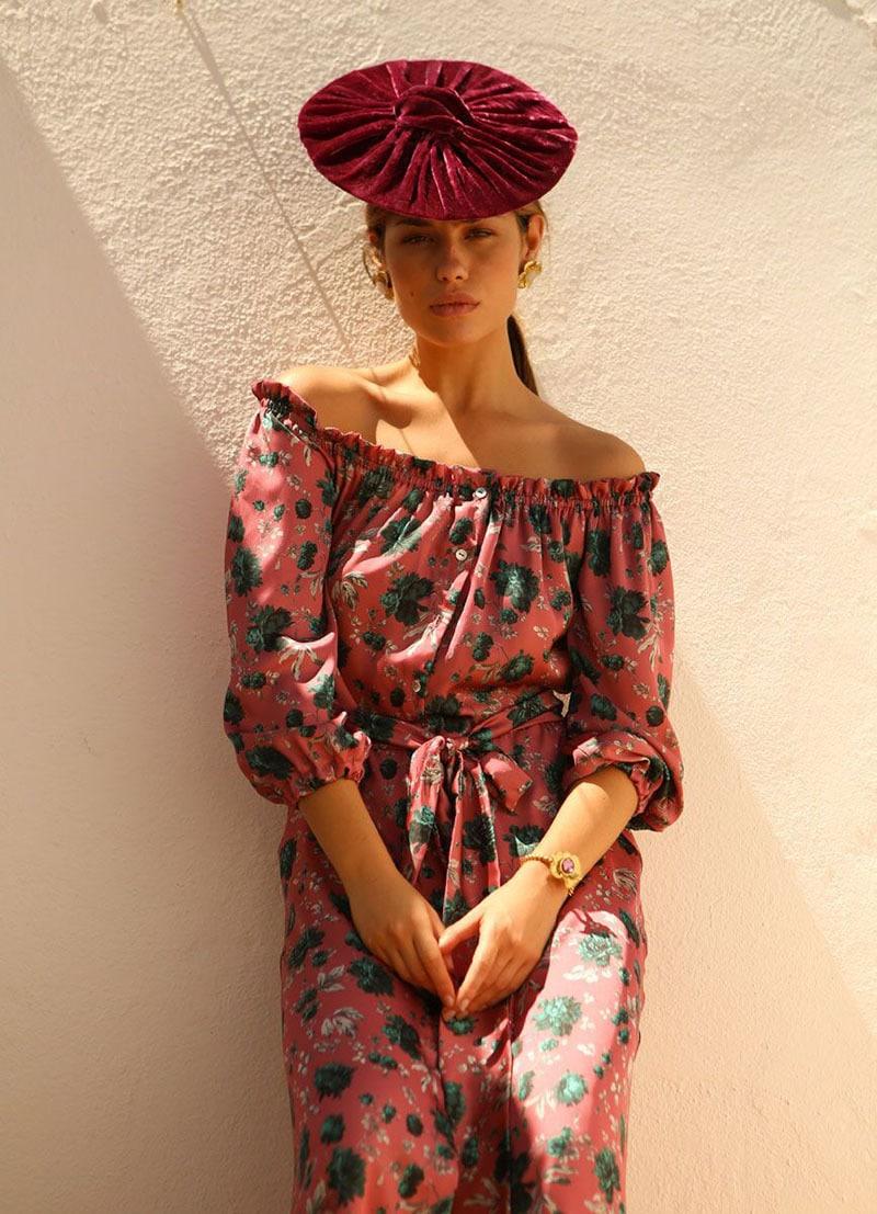 La invitada ideal, vestido estampado con flores